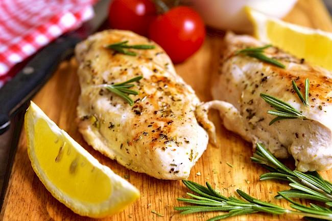 Kotlet z piersi kurczaka - kalorie, kcal, ile waży