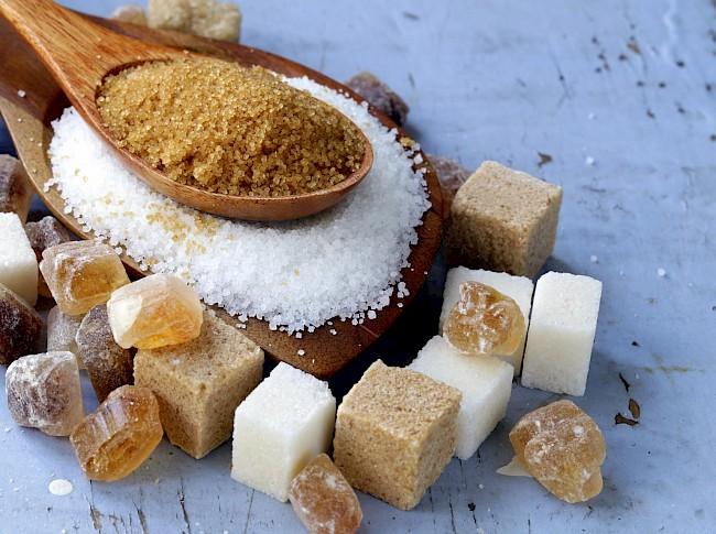 Cukier brązowy - kalorie, kcal, ile waży
