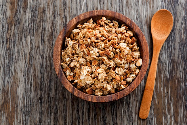 Granola - kalorie, kcal, ile waży