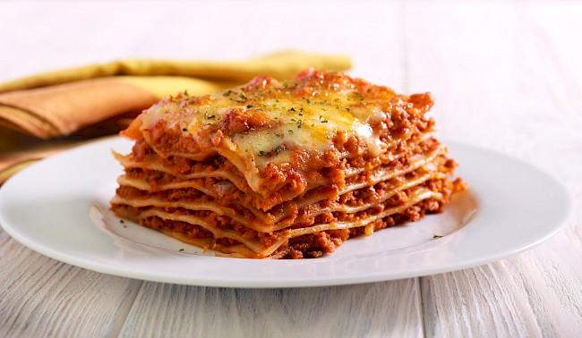 Lasagna - kalorie, kcal, ile waży
