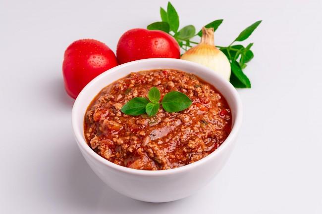 Spaghetti bolognese z mięsem (sos) - wartości odżywcze, witaminy, minerały