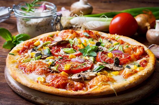 Pizza wegetariańska - kalorie, kcal, ile waży