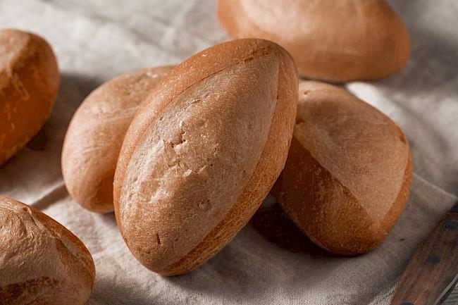 Bułka żytnia - kalorie, kcal, ile waży