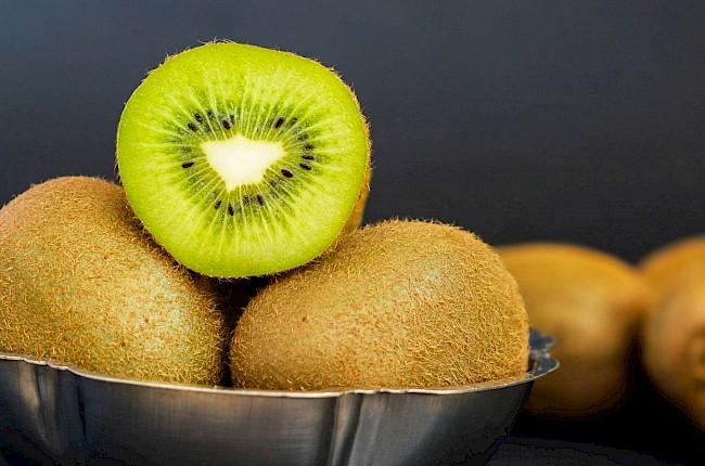 Kiwi - kalorie, kcal, ile waży