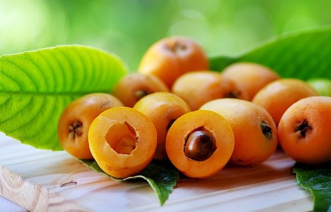 Nieśplik japoński (Loquat) - kalorie, kcal, ile waży