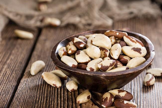 Orzechy brazylijskie - kalorie, kcal, ile waży