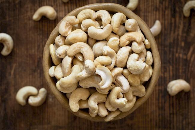 Orzechy nerkowca - kalorie, kcal, ile waży