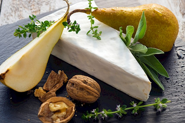 Ser Brie - kalorie, kcal, ile waży