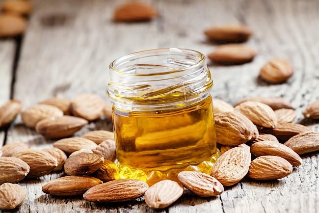 Olej migdałowy - kalorie, kcal, ile waży