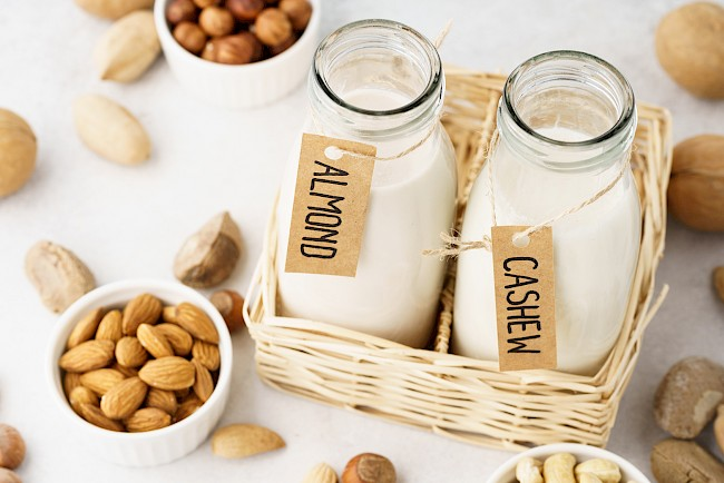 Mleko orzechowe - kalorie, kcal, ile waży