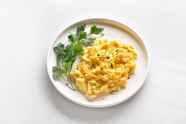 Jajecznica - kalorie, kcal, ile waży