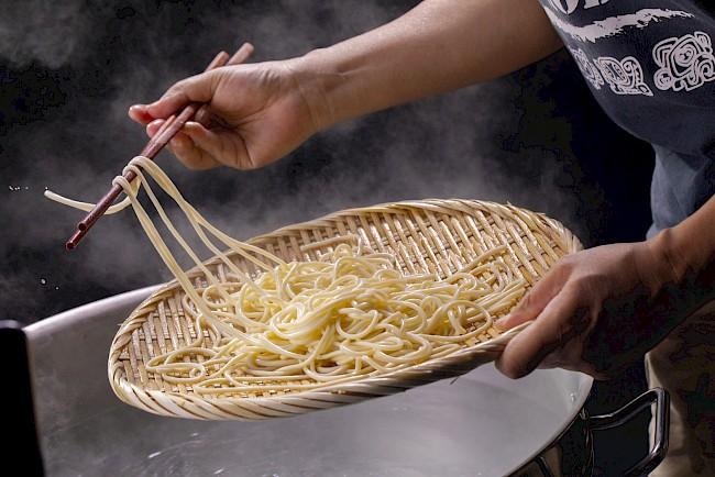 Spaghetti, makaron (gotowany) - kalorie, kcal, ile waży