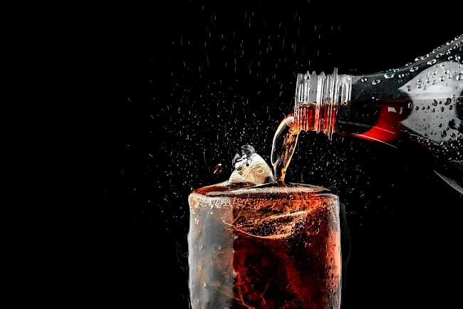 Cola (Coca Cola) - wartości odżywcze, witaminy, minerały
